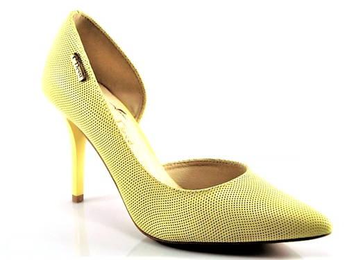 a4bba753618c Kvalitné žlté kožené lodičky na podpätku zn.Claudio Dessi - Obuv Carmen