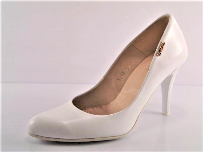 42a405ab8e Pohodlné svadobné biele kožené lodičky zn.Embis