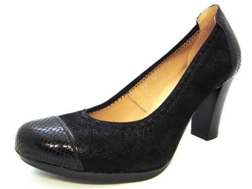 e35d60839bcb Pohodlné vychádzkové čierne topánky na podpätku - Obuv Carmen