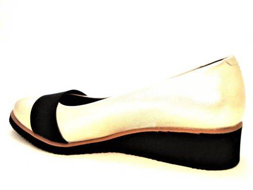 98e43f02ddbab Štýlové zlaté topánky na klinovej podrážke