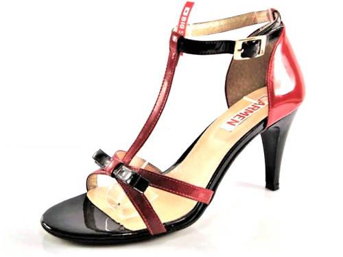50f68f47e4 Jemné červeno-čierne kožené sandálky zn.Embis