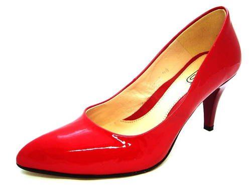 b0d641ffc678 Červené lakované pohodlné lodičky zn.Embis - Obuv Carmen