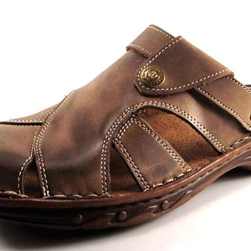 e860f24dec37 Pánske hnedé kožené letné vsuvky - Obuv Carmen
