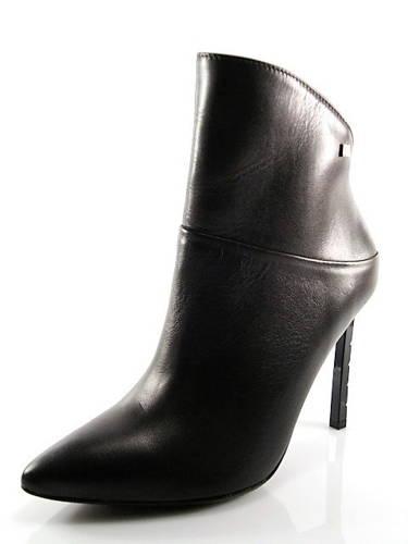 Maccioni-exkluzívne dámske čierne kotníky na ihličke a2a991ba5fd