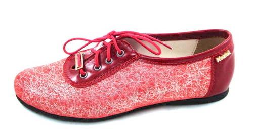 ef75056c2e8b1 Pohodlné červené šnurovacie topánky zn.Marko - Obuv Carmen