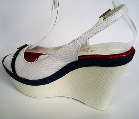 830577f66b5b Bielo modro červené sandálky zn.Claudio Dessi-Obuv Carmen