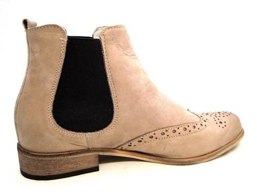 Štýlové dámske hnedé kotníkové topánky zn. Pollonus d09bc60312d