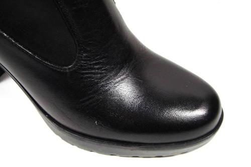 Čierne vysoké kožené čižmy na podpätku zn.ACORD a104f264f4c