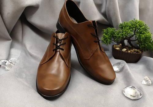 00fbf1204d33 Moderné chlapčenské hnedé spoločenské topánky-Obuv Carmen