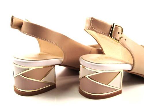 0799a95b77b2 Kordel-béžové sandálky na nízkom podpätku