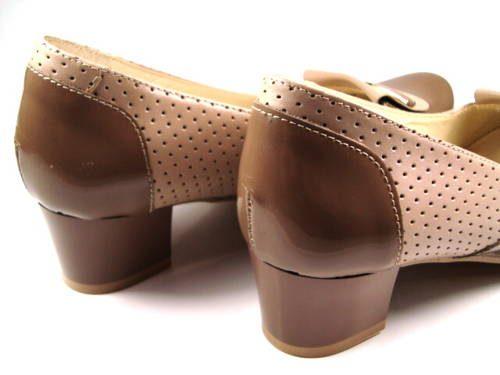 0de60a643bfe Hnedé kožené topánky na nízkom podpätku