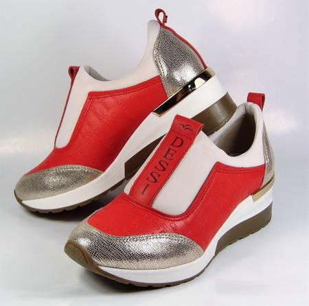 f4d35b7b5851 Claudio Dessi-červeno zlaté športové topánky